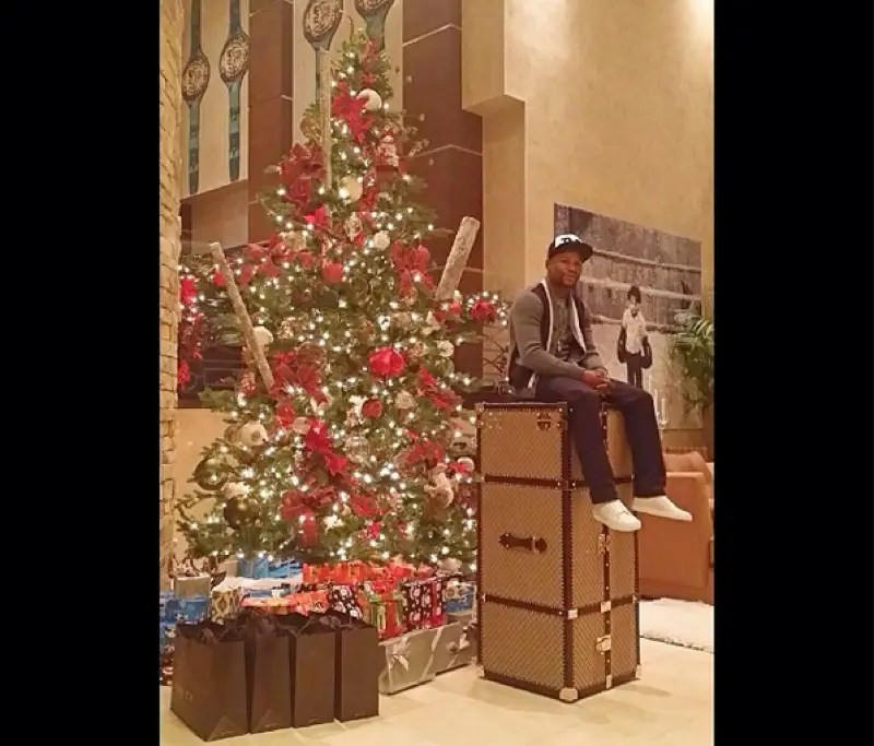 He gave his fiancee a Gucci trunk for Christmas