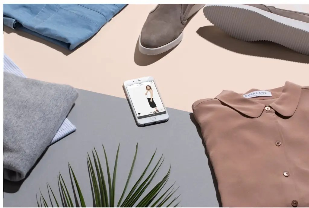 Everlane makes it easy to shop for clothes from your iPhone.