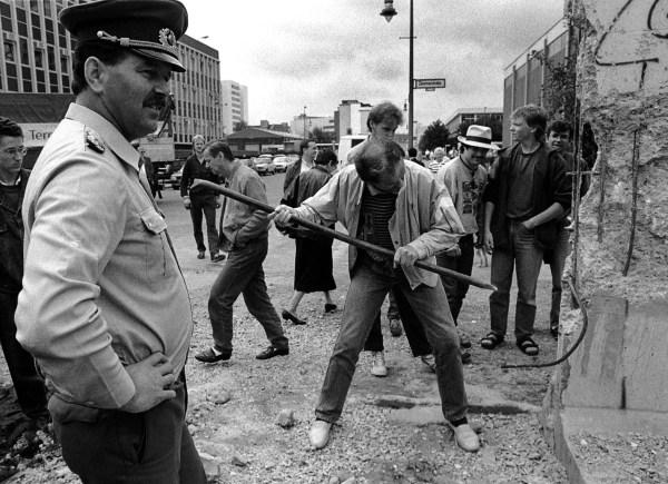 Fall Of Berlin Wall - Business Insider