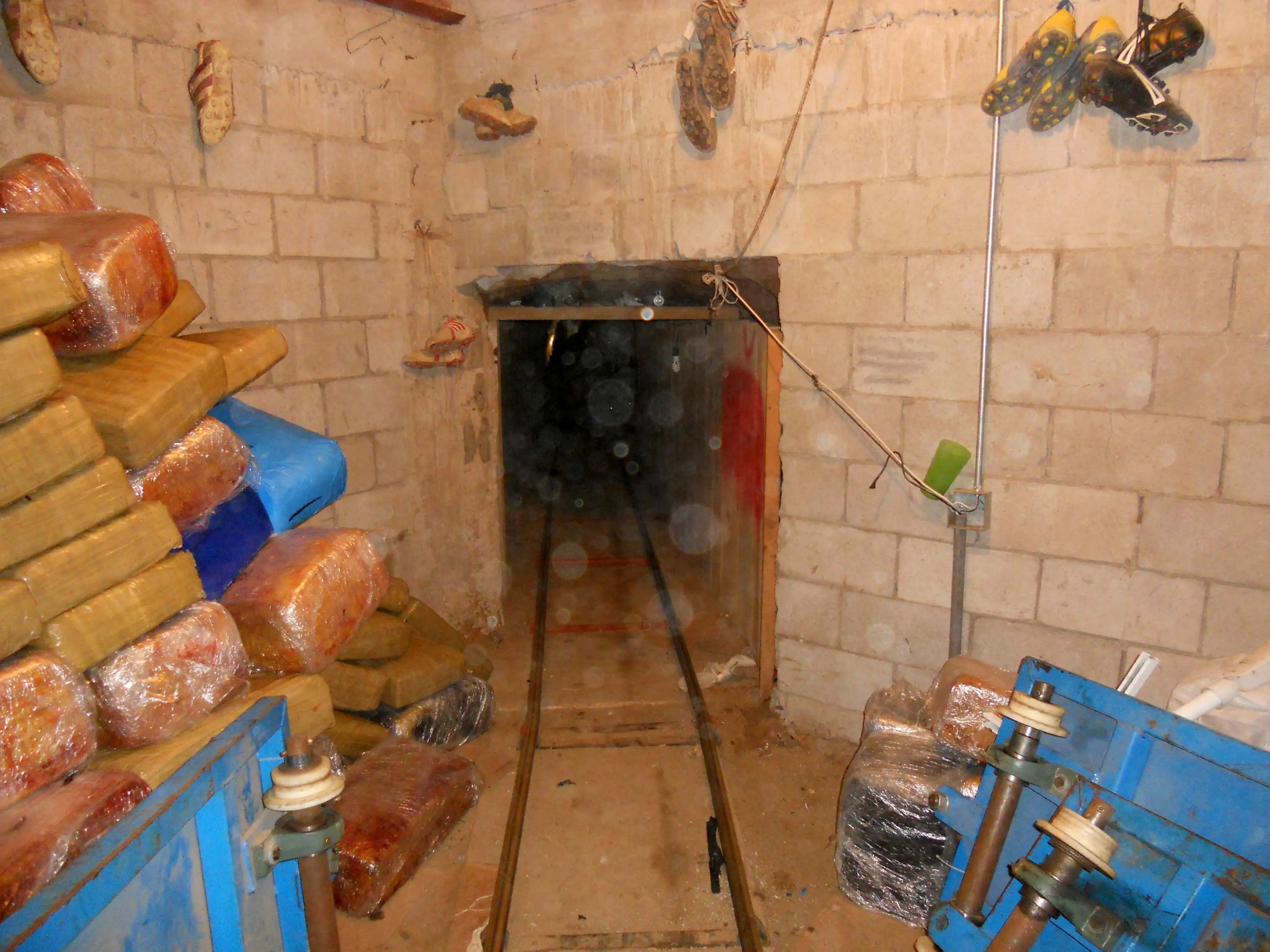 Inside Mexican drug cartel narco tunnels on the US border
