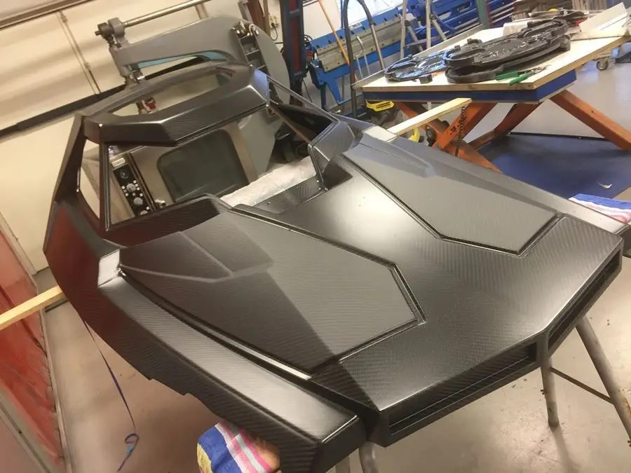 The entire body was then made out of carbon fiber to keep it lightweight.