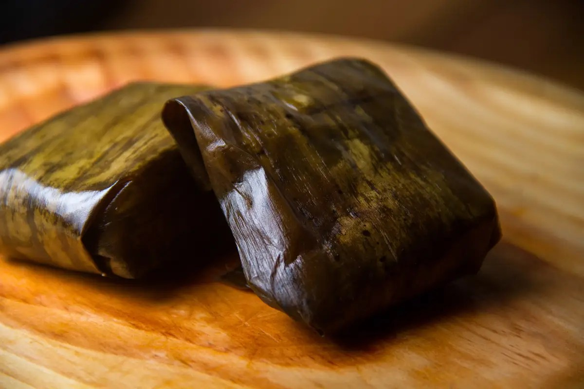 In Costa Rica, locals usually eat pork tamales on Christmas, many using recipes passed down through generations.