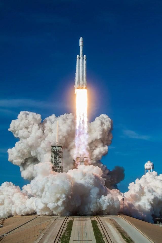 falcon heavy rocket launch feb 6 2018 spacex flickr 40202121122_db35e59722_k