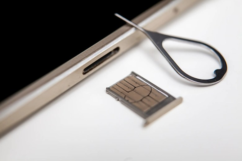 iphone sim card tray
