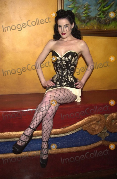 Pictures From Dita Von Teese Live