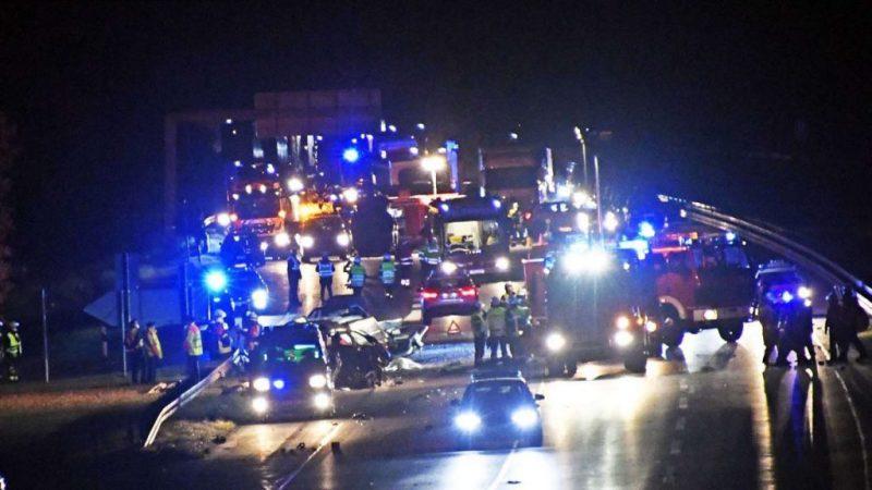 VIDEO / Doi români morți într-un VW care circula cu viteză pe contrasens, pe o autostradă în Germania
