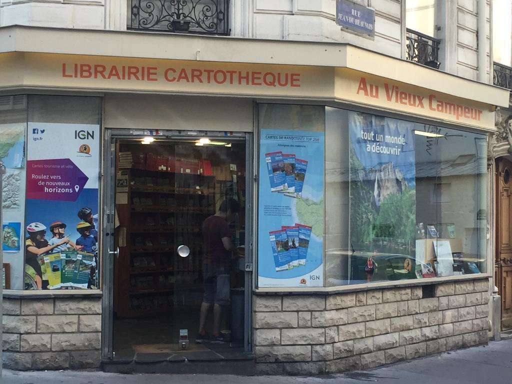Au Vieux Campeur - Magasin de sport. 2 rue de Latran 75005 Paris - Adresse. Horaire