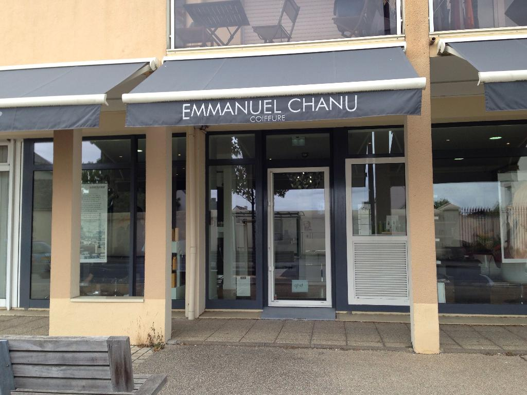 SALON EMMANUEL CHANU  Coiffeur 60 rue Bretagne 44880 Sautron  Adresse Horaire