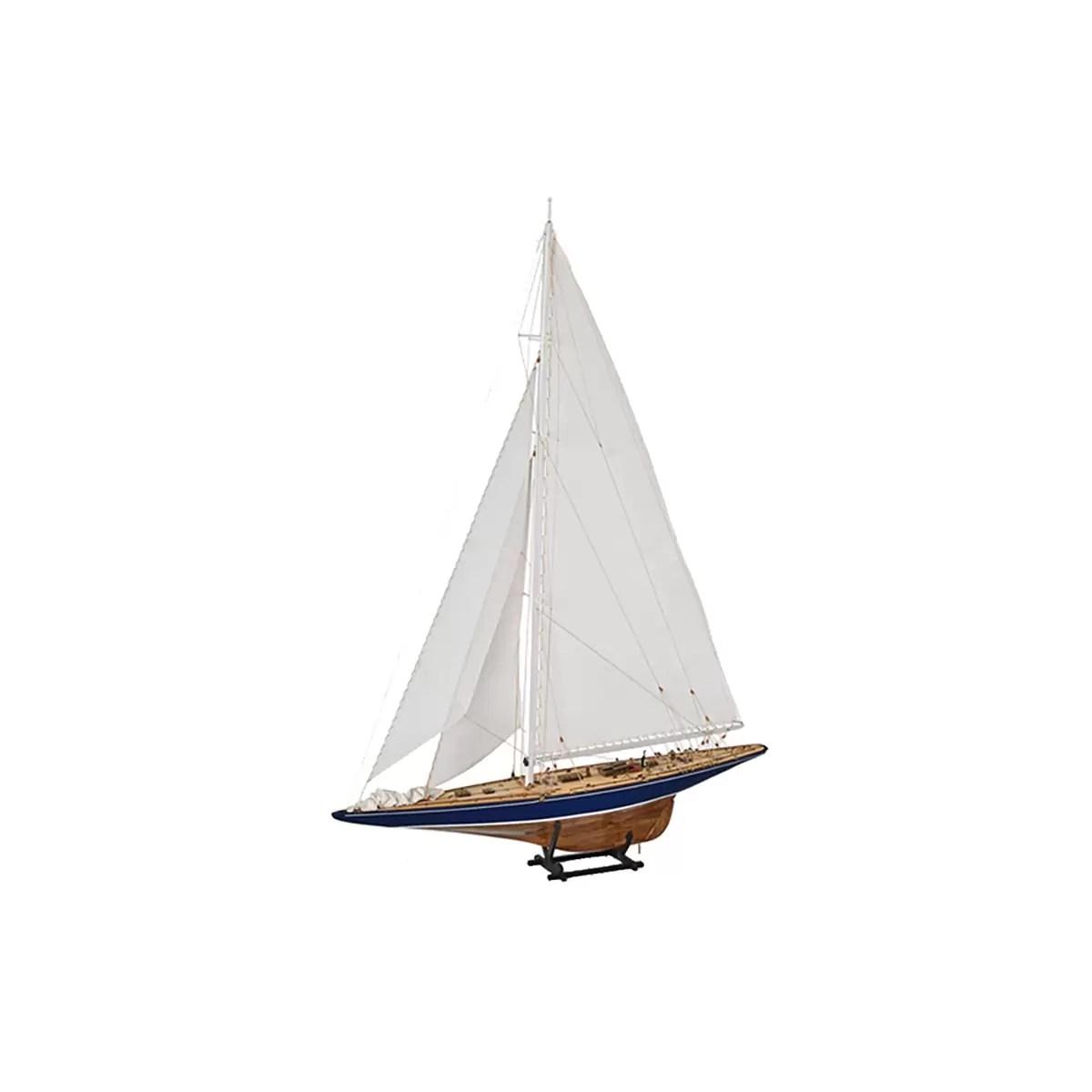 Endeavour hajómakett építőkészlet Amati