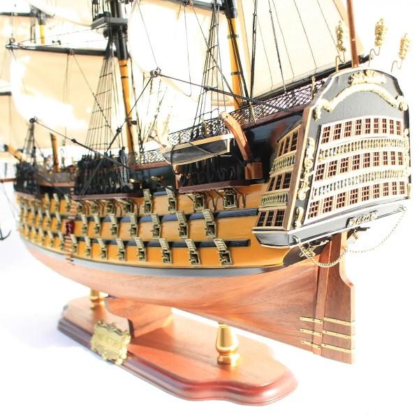 HMS Victory prémium kiadás Történelmi makett