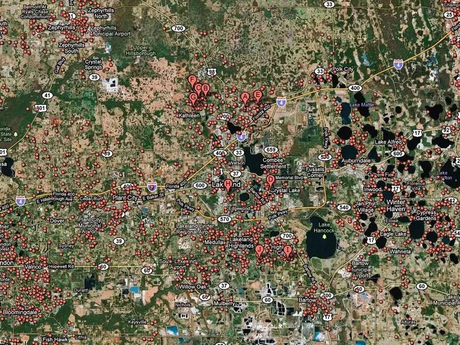 Lakeland, Fla. -- 1 in 21 homes in foreclosure