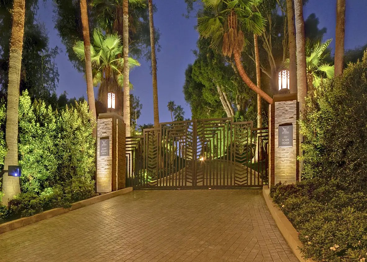 Welcome to the Holmby Hills estate.