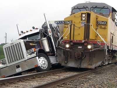 train, train crash, trains