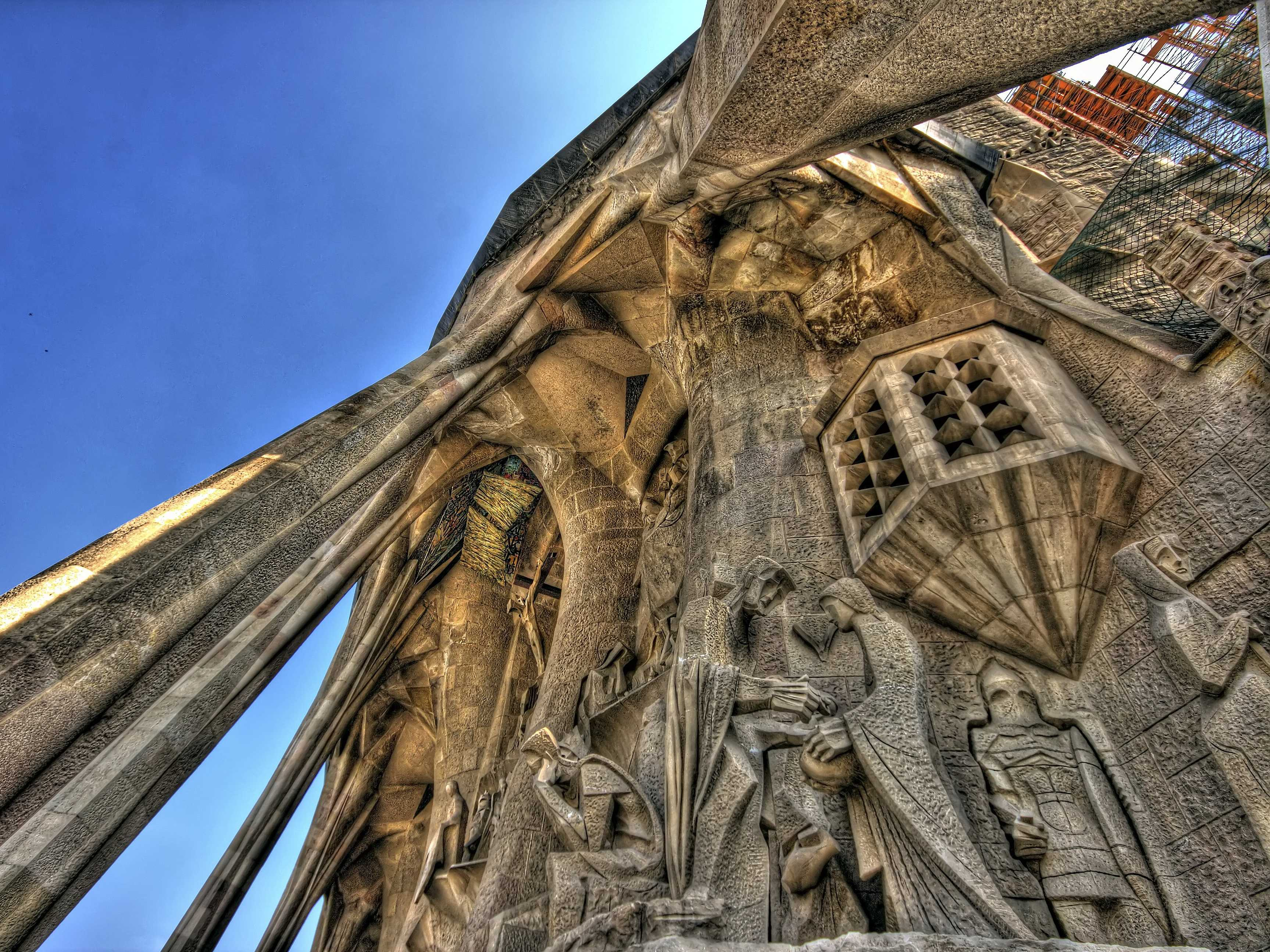 Construction started on la Sagrada Família in Barcelona in 1882. While surreally breathtaking, the cathedral is still being built.