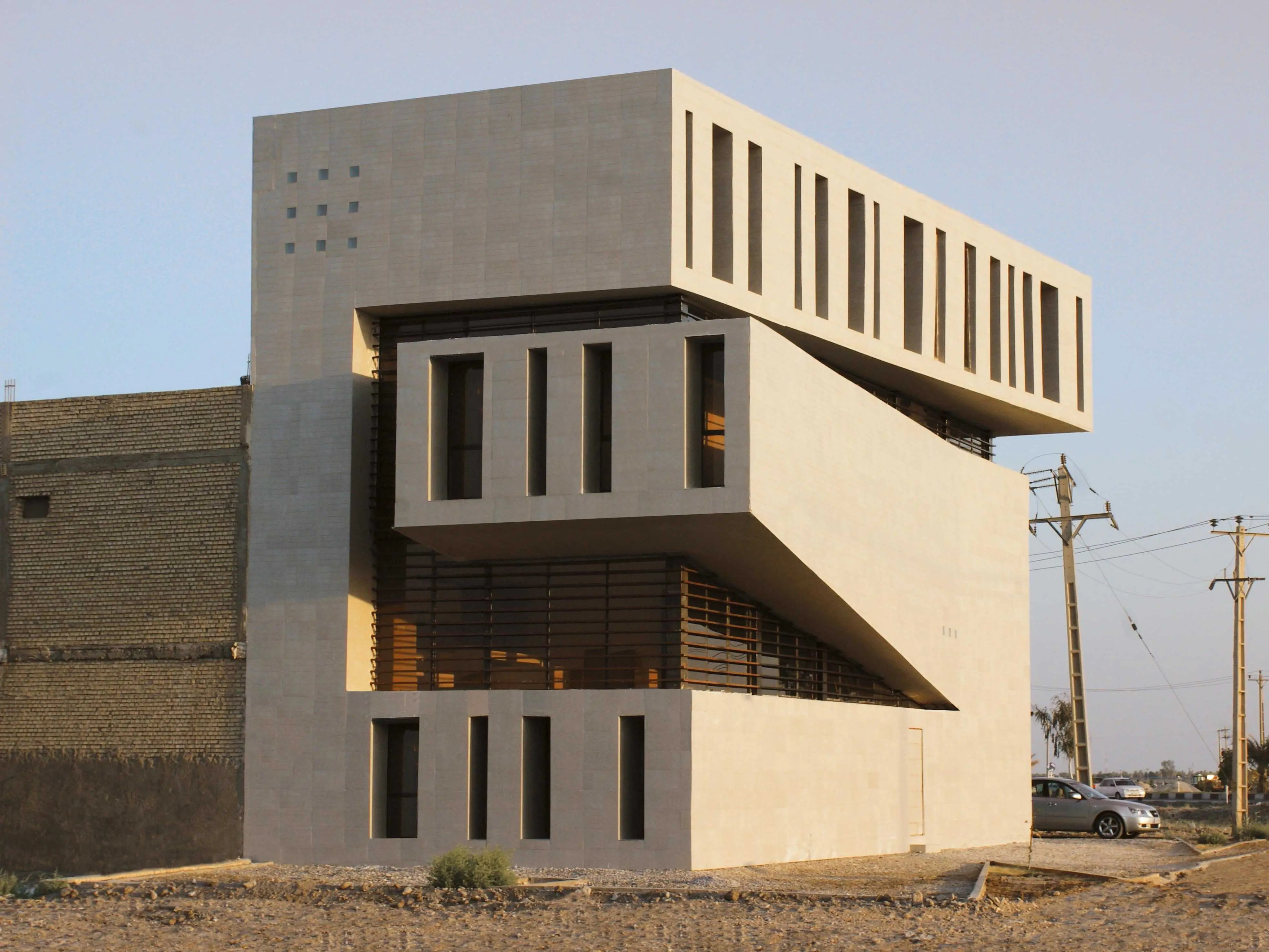 Abadan Residential Apartment by Farshad Mehdizadeh Architects, Abadan, Iran (shortlisted in House)