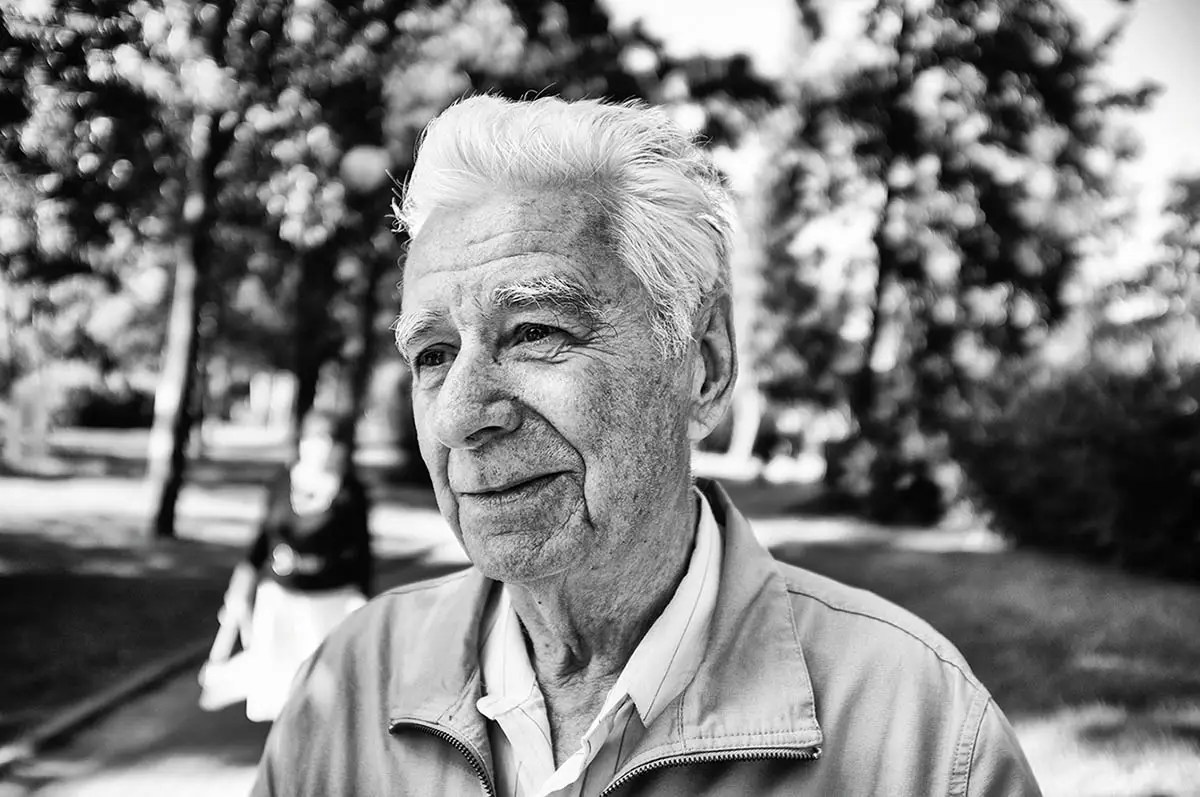 "Igor, age 80. Profession: Professor. Passion or Dream: ""I wish that Russia becomes really strong. I write training materials and my memories of relatives and parents."""