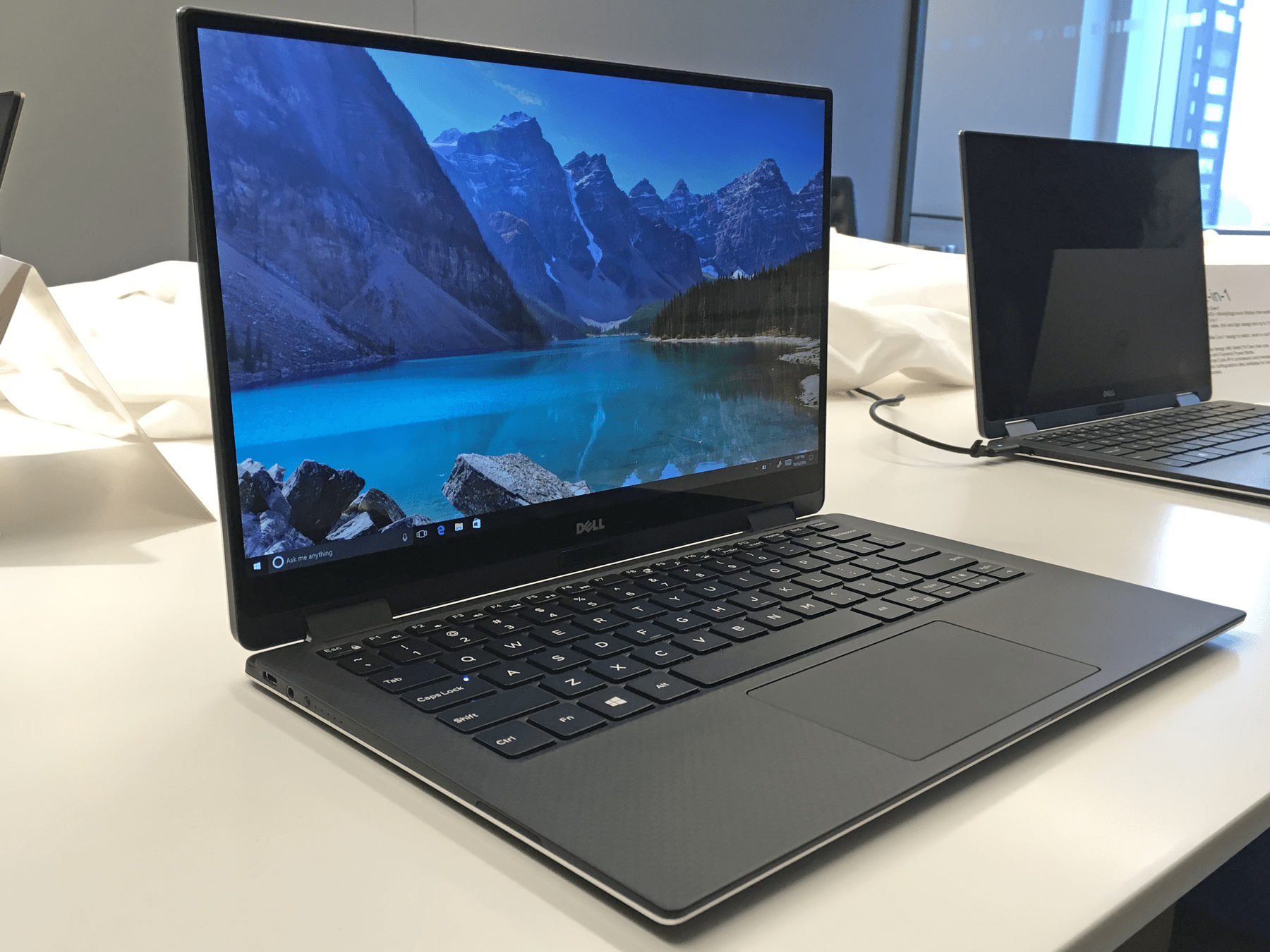 Dell XPS 13 2in1 Windows laptop SPECS FEATURES PHOTOS