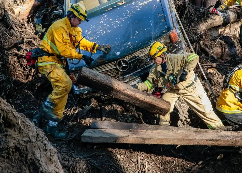 Search For California Mudslide Survivors Goes On