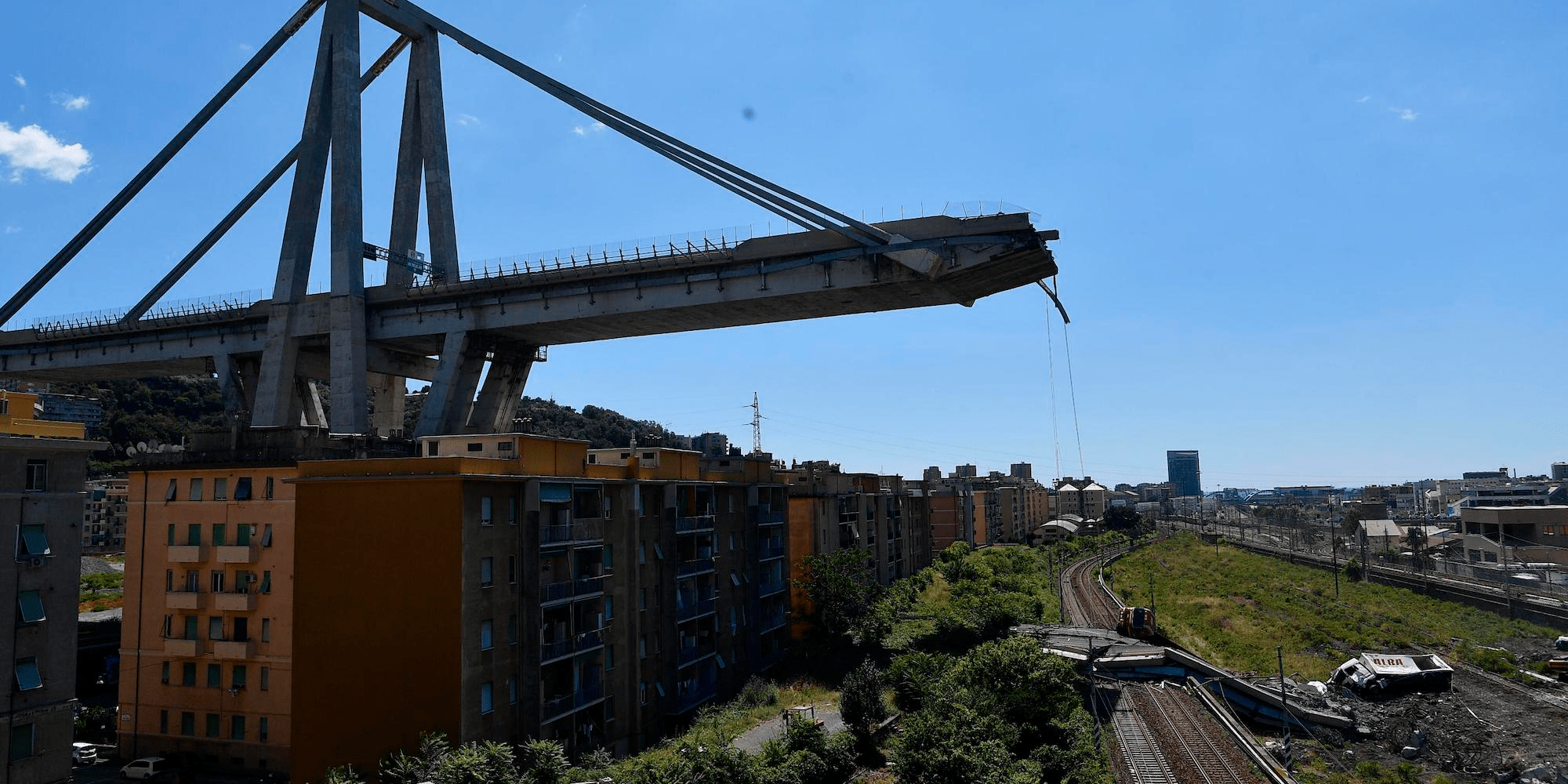 genoa italy bridge