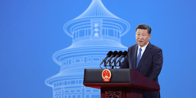 Chinese President Xi Jinping speaks during the 86th INTERPOL General Assembly at Beijing National Convention Center on September 26, 2017 in Beijing, China.  REUTERS/Lintao Zhang/Pool