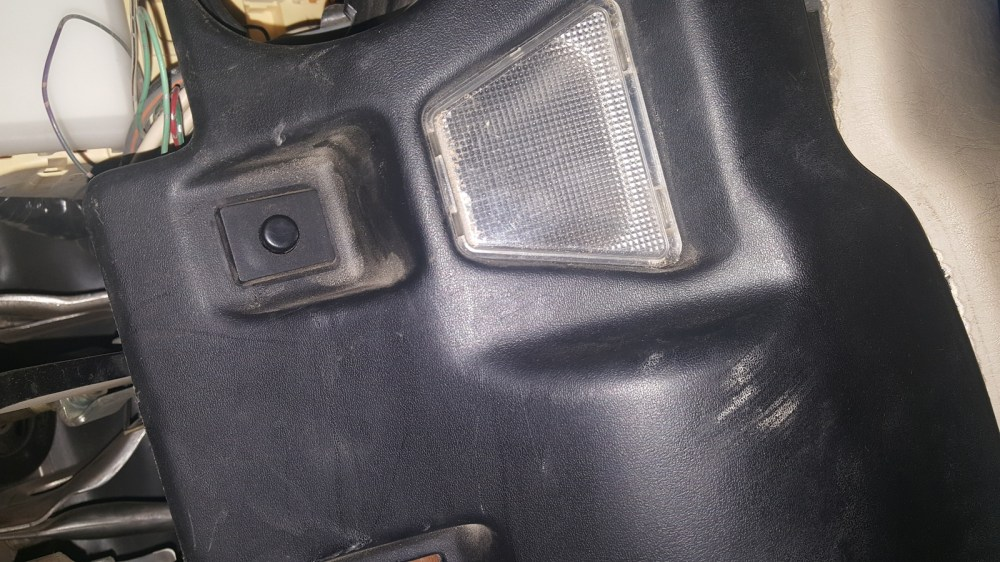 medium resolution of i have a lexus ls400 2000 model there is hidden black button under the steering wheel next to the lower light what is it