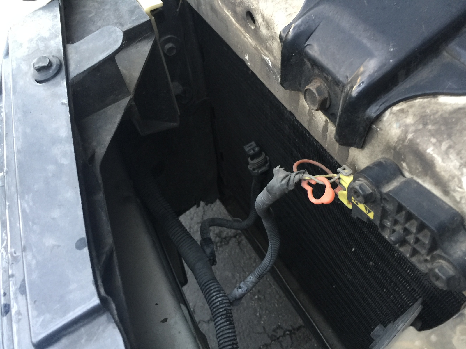 hight resolution of it s connected to the same harness as the connector for the airbag sensor i ve checked all around but have no clue where it could go