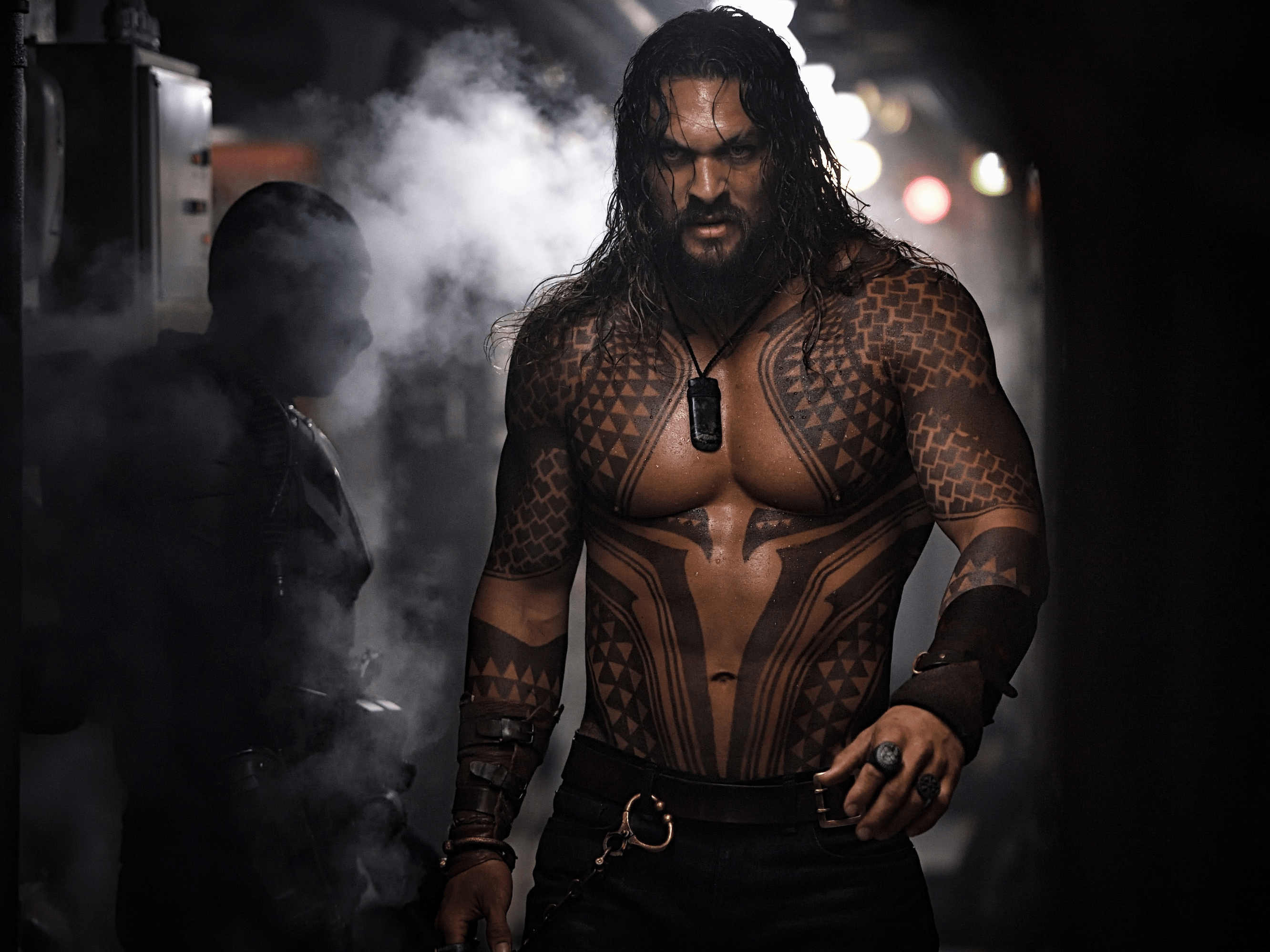 jason momoa shirtless aquaman
