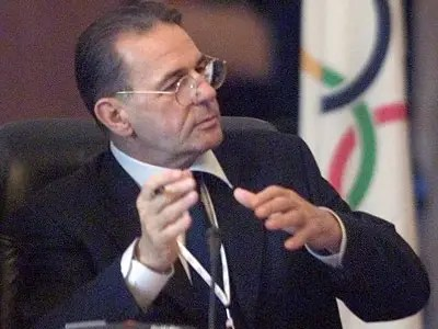 IOC Headquarters: The fabulously rich Count Rogge counts the money and writes the checks