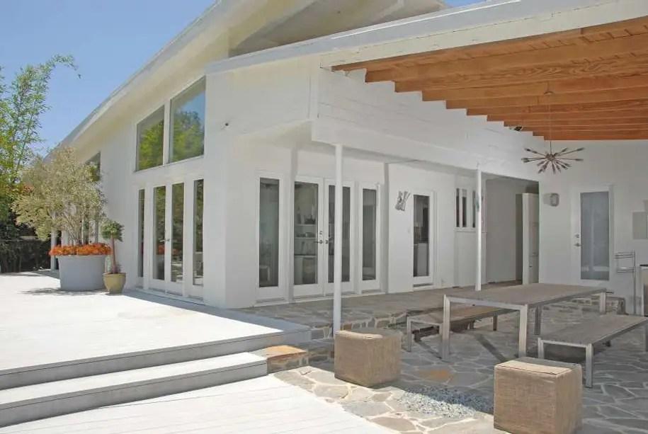 Sacha Baron Cohen's 52-acre LA estate -- $2.9 million