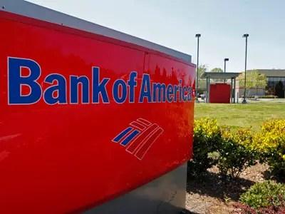 """Y ahora nos encontramos con el tipo de corporación estadounidense que se merece-y-una gran parte de la culpa: los bancos. Willie Sutton, una vez explicó que la razón por la que robaba bancos porque """"ahí es donde está el dinero."""" El hombre sabía lo que estaba hablando."""