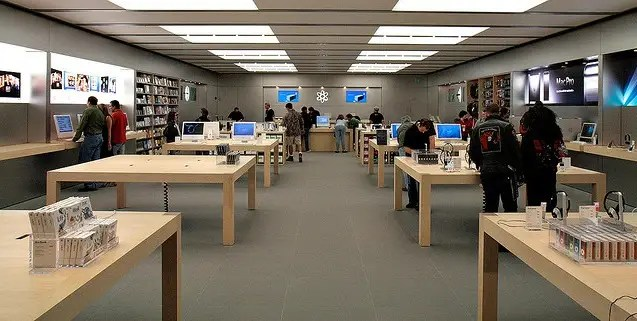 The wooden tables that are now standard in Apple stores started in Phoenix