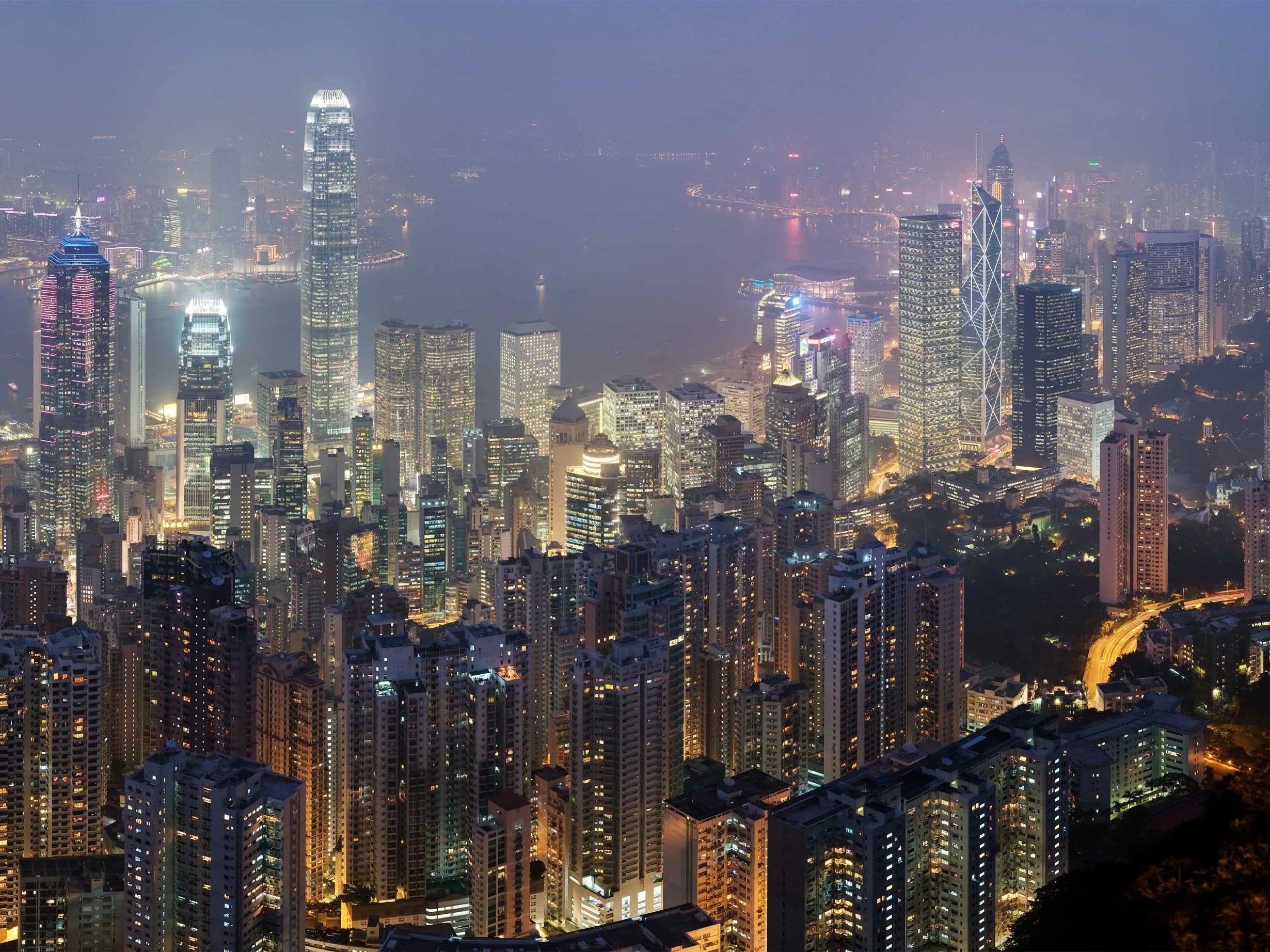 Hong_Kong_Skyline_Restitch_ _Dec_2007