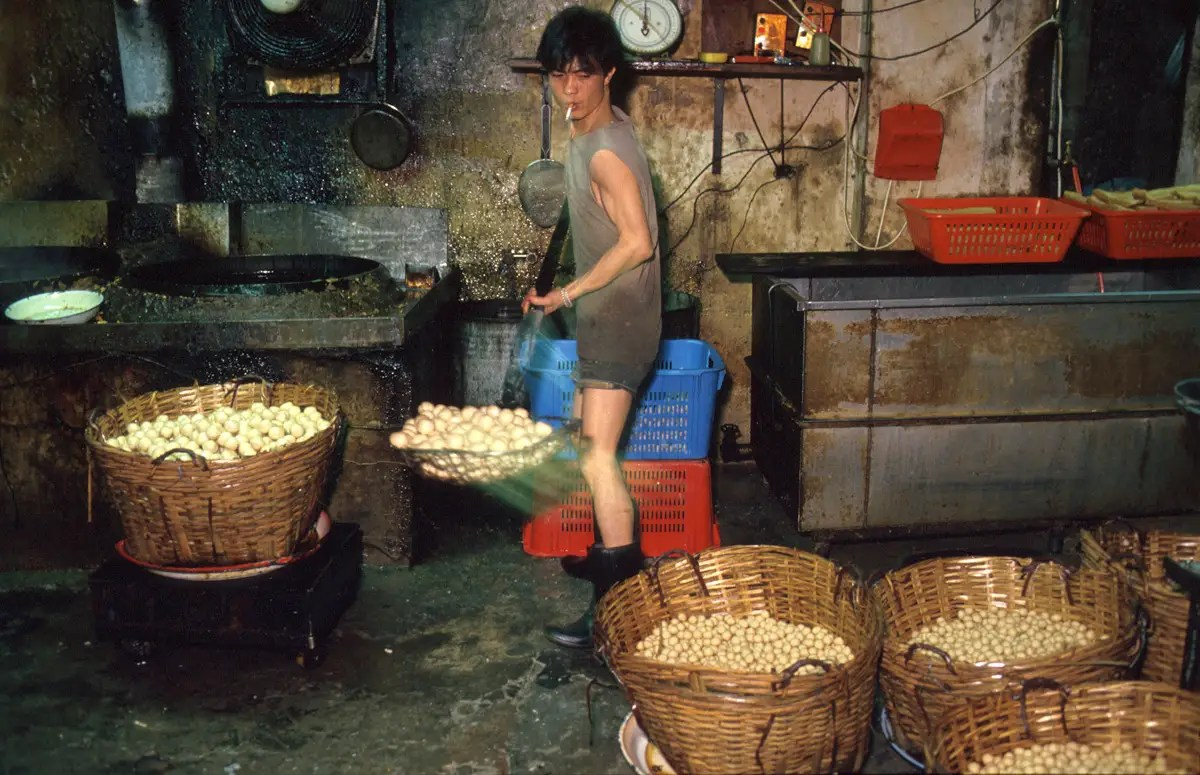 Kowloon was a major manufacturing center for many businesses in Hong Kong. One of its biggest products was fishballs, which were sold to restaurants around the city.