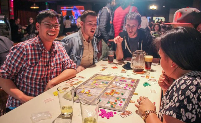 Game Night At Showdown Business Insider