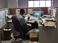A messy desk could make you productive - Business Insider