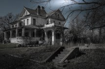 Scariest Real Haunted Houses In America