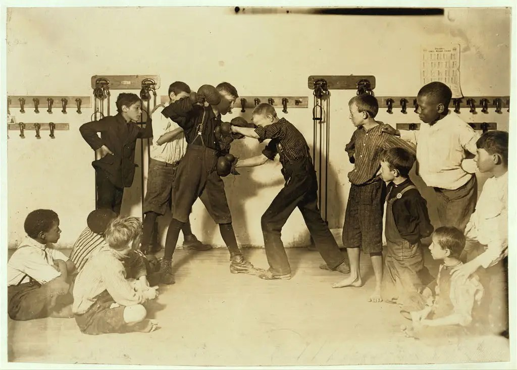 "The ""Manly art of self-defense"" Newsboys' Protective Association, in Cincinnati, Ohio, taken around 1910."