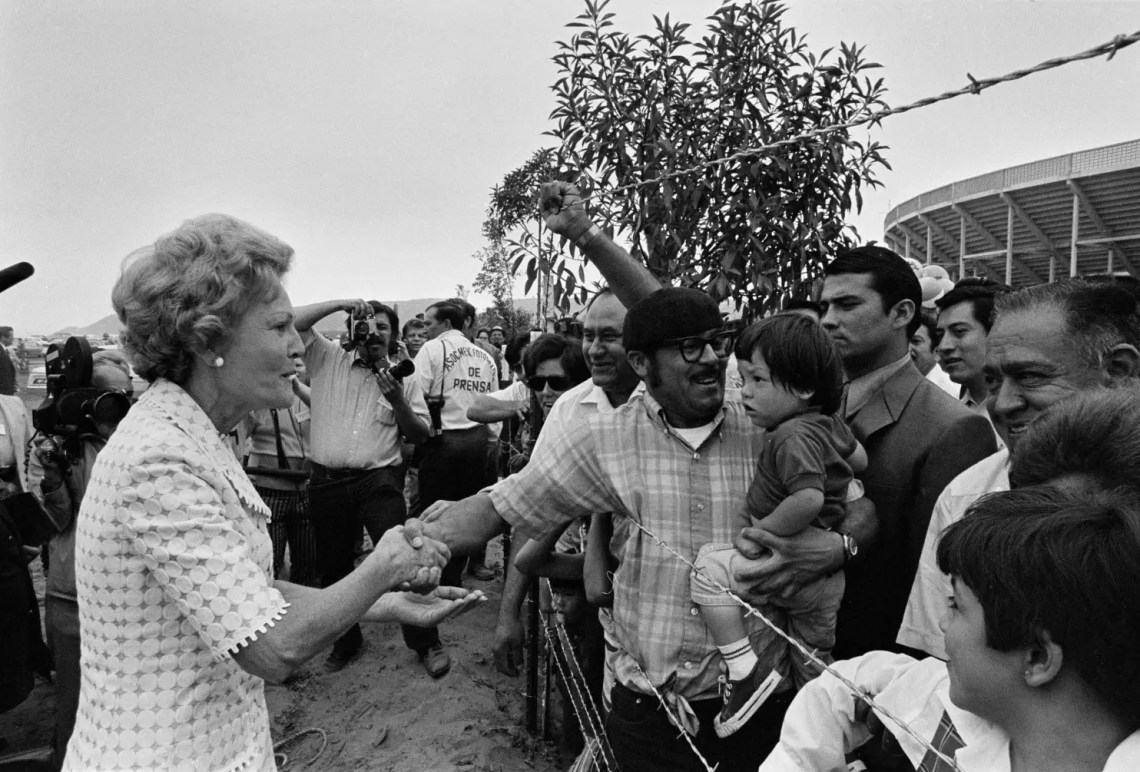 First Lady Pat Nixon inaugurated Friendship Park on August 18, 1971, when it was declared a national monument. Over 100 years prior, in 1848, the US built a pyramid-shaped statue on the San Diego beach to mark the end of the Mexican-American War.