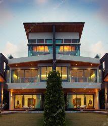 Bloxburg 3-Story Modern Houses
