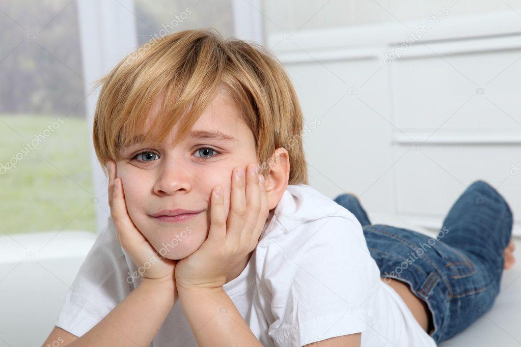 Portrait of 8-year-old boy — Stock Photo © Goodluz #6698174
