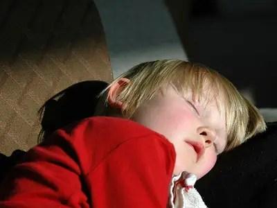Βάλτε τα παιδιά νωρίς για ύπνο