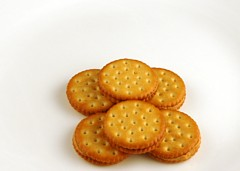 200 Calories of Peanut Butter Crackers