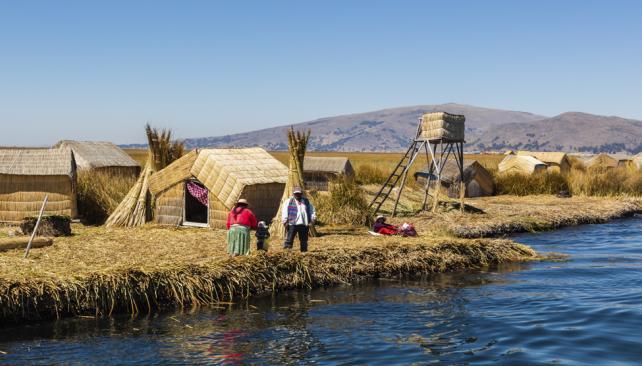 """LEYENDA. Las lágrimas del Rey Sol convirtieron el valle en el lago Titicaca, que significa """"Lago de los Pumas de Piedra"""". (Aguas Cordobesas)"""