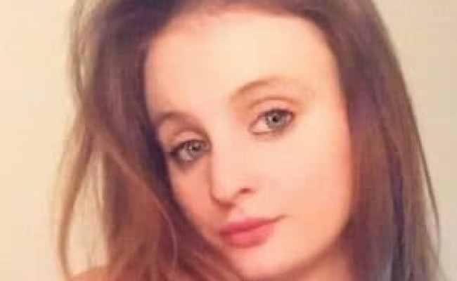 Regno Unito Chloe Muore A 21 Anni Col Coronavirus La