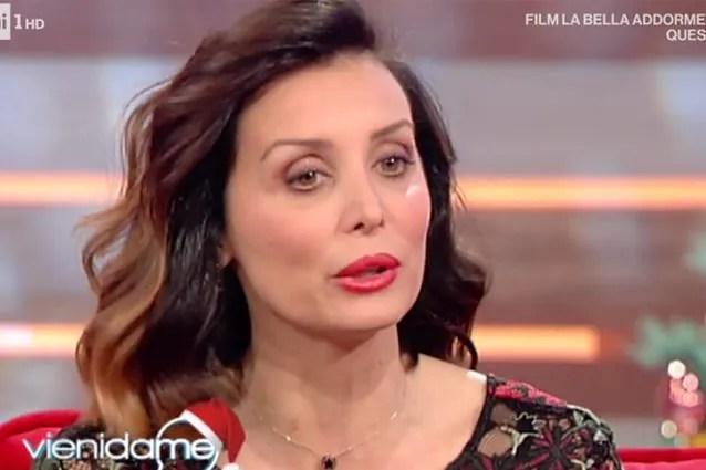 Alessandra Pierelli oggi è una mamma felice: Ma ho rischiato di morire per  una liposcultura