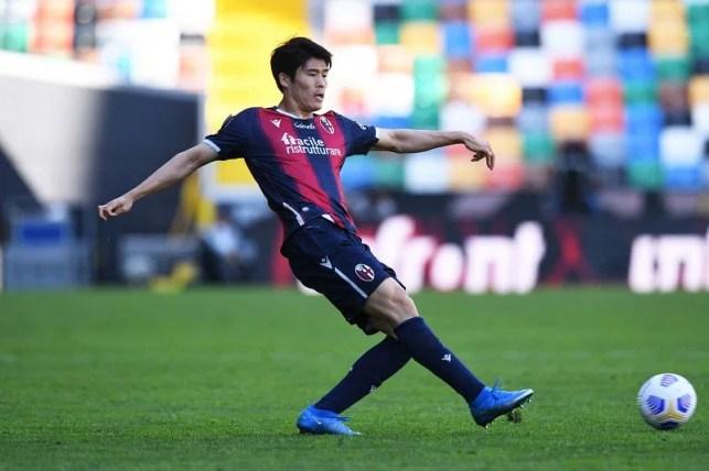 Takehiro Tomiaso has received his work permit ahead of his Arsenal debut.