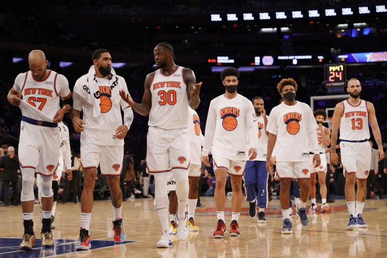"""Watch """"New York's biggest rival is New York's fans"""" – Gilbert Arenas on New York Knicks followers' hostility throughout residence video games – Google NBA News"""