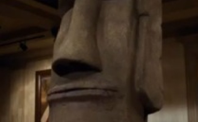 Easter Island Head Voice Night At The Museum Secret Of