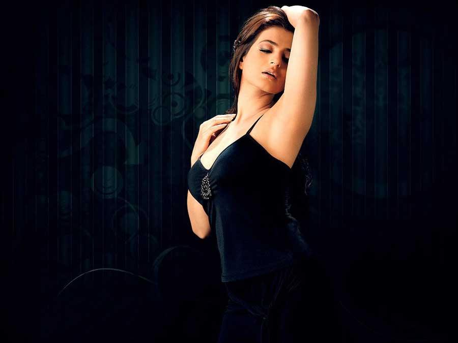 Amit Name Wallpaper Hd Facebook Covers For Ameesha Patel Popopics Com