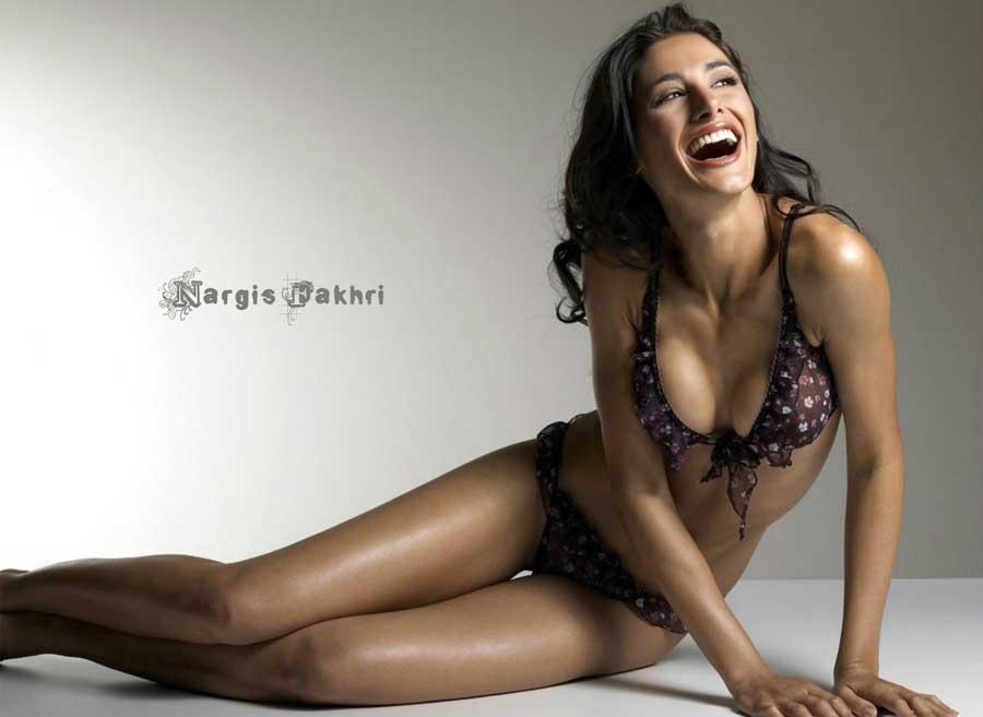 Nargis Fakhri Sexy Bikini Wallpapers  Facebook Cover  PoPoPicscom